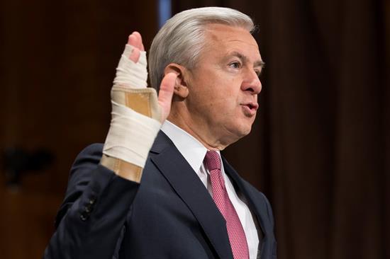 John Stumpf, CEO de Wells Fargo, compareció ante el Comité de Banca del Senado para responder por las prácticas ilegales de la compañía (Foto: EFE)