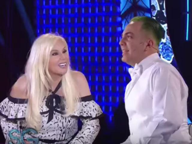 Video: Cristian Castro le robó un beso a la presentadora Susana Giménez
