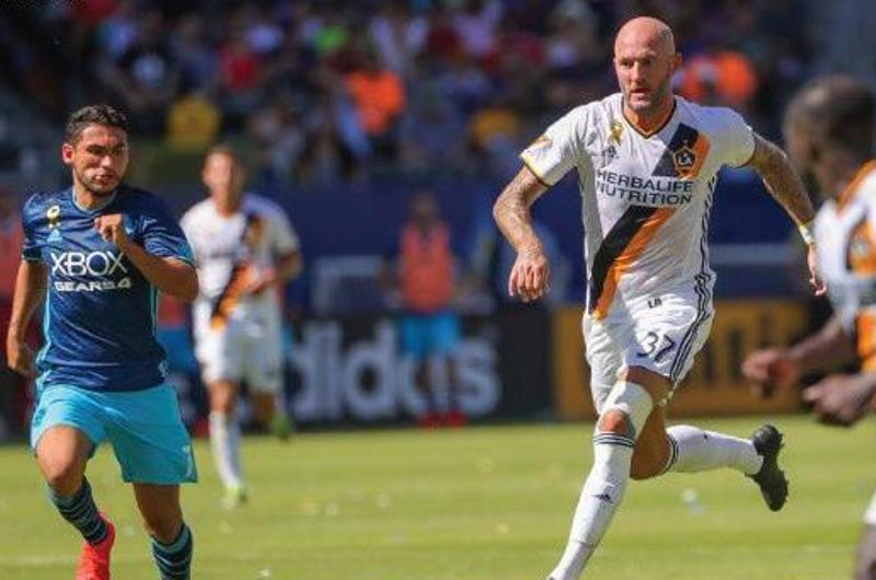 L.A. Galaxy retrasa su pase a los playoffs de la MLS