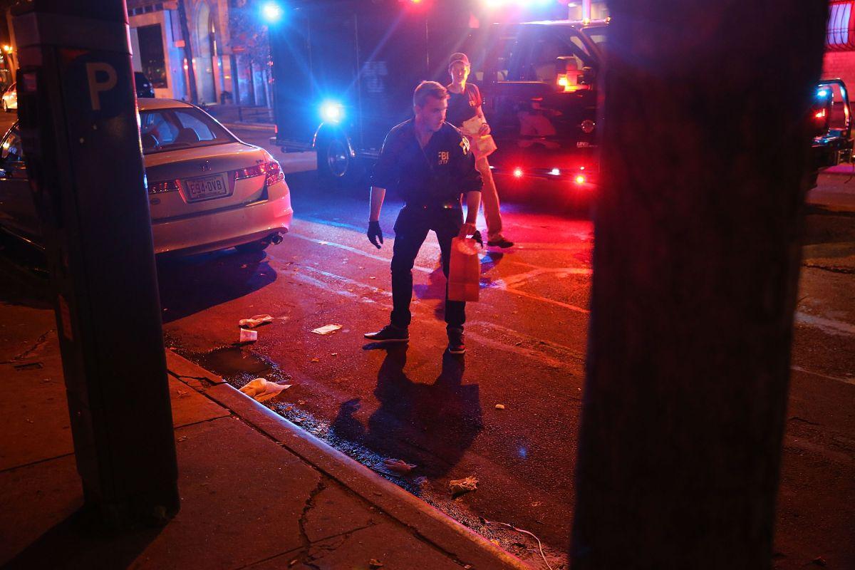 Policía encontró de madrugada una mochila con explosivos en Nueva Jersey, conectada con la explosión que sacudió Chelsea el sábado.