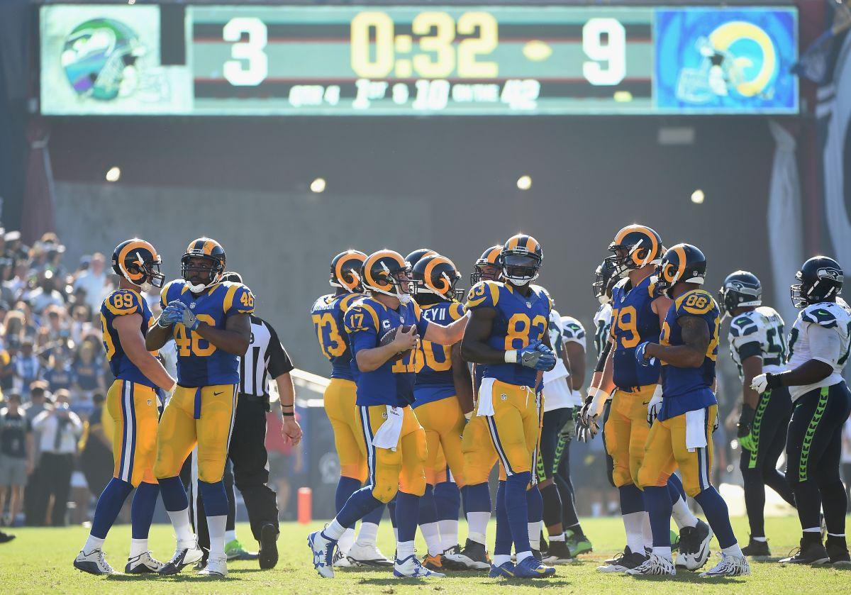 Los Rams dejan a Seahawks en tres puntos y ganan juego histórico en el regreso de la NFL a Los Ángeles
