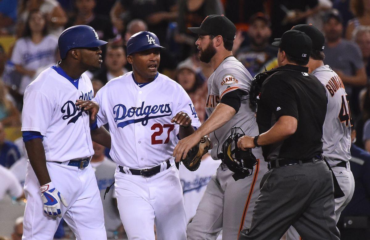 El 'Titán' González es el héroe de los Dodgers luego que Bumgarner casi se agarra a golpes con Puig