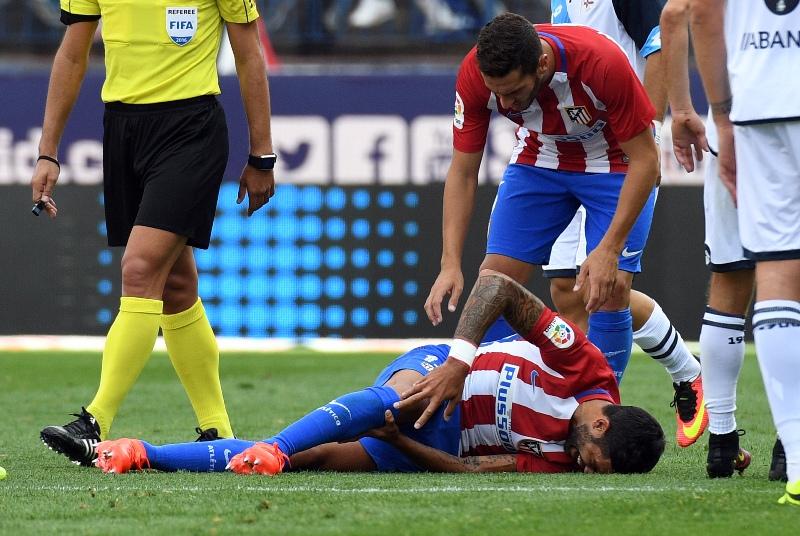 Augusto se rompe el ligamento cruzado con el Atleti y Bauza sufre cada vez más