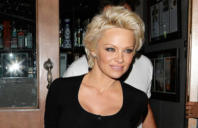 Pamela Anderson se desnudó completamente para su nueva película