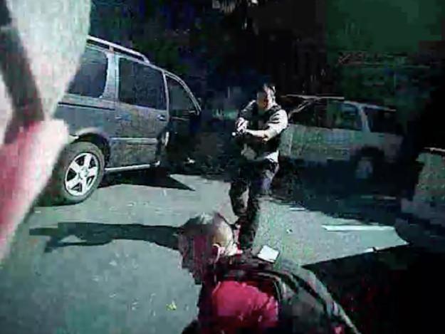 La Policía de Charlotte publica los videos de la muerte de Keith Scott