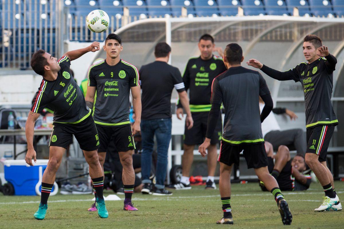 La mitad de los jugadores convocados no rebasa los 10 partidos con la playera verde.