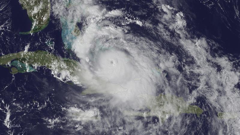 Matthew rumbo a Florida
