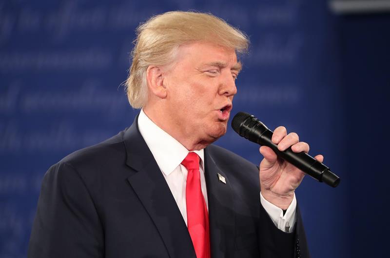 Donald Trump ha sido objeto de innumerables memes y chistes, pero los mensajes de odio que ha lanzado continuamente no son ninguna broma (Foto: EFE)