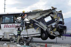 Identifican a 12 de las 13 víctimas mortales de accidente de bus