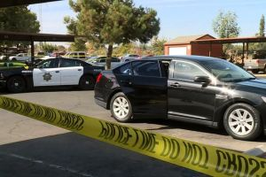 Bebé de 11 meses muere tras ser olvidado en coche en Fresno