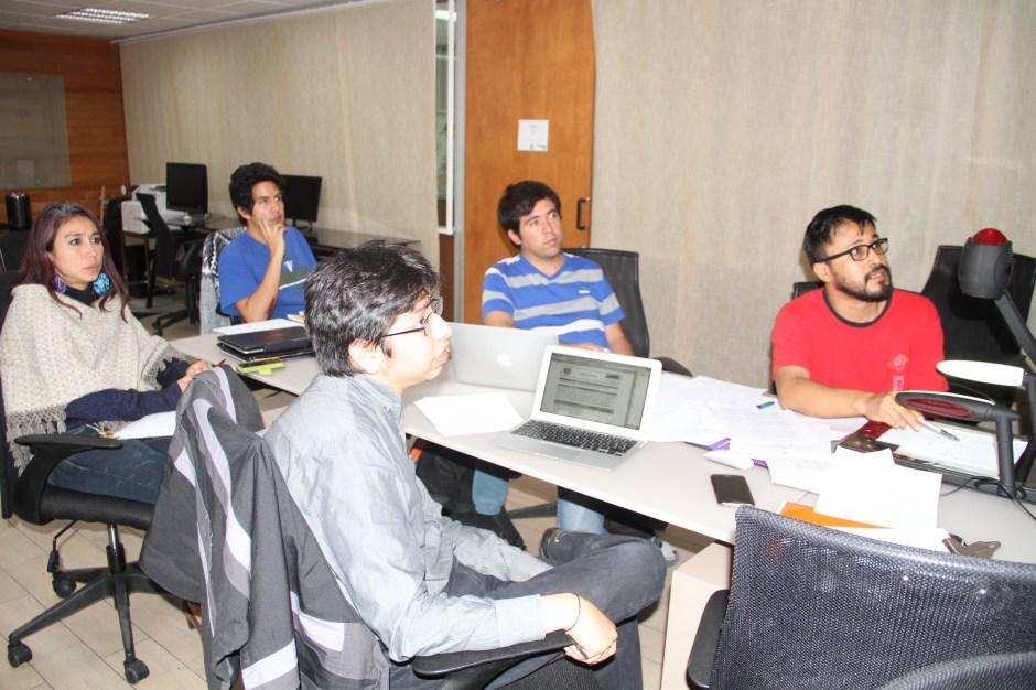 Jóvenes diseñan la prueba de la Olimpiada Nacional de Matemáticas.