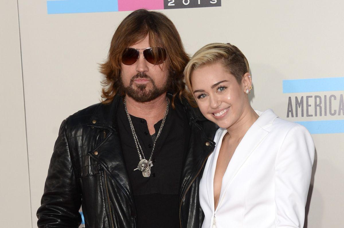 La relación entre Miley y Billy ha mejorado mucho.