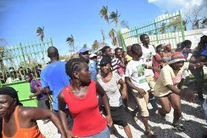 Demócratas piden TPS para haitianos afectados por huracán Matthew