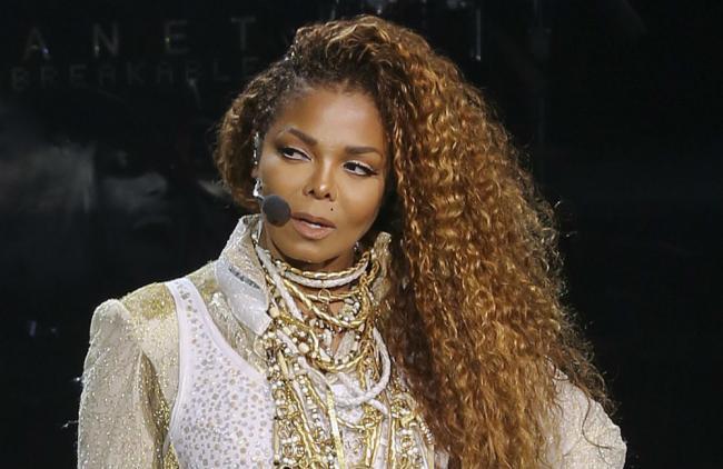 Janet hizo una sorprendente declaración a su público.