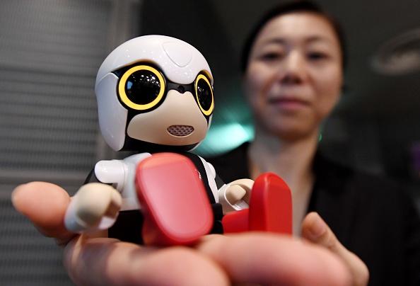 Kirobo Mini, el robot que hace compañía y conversa