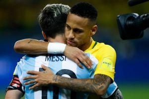 ¿Cómo se verían Messi, Neymar y Mbappé si hubieran jugado el Mundial de México 70? La FIFA lo hace posible