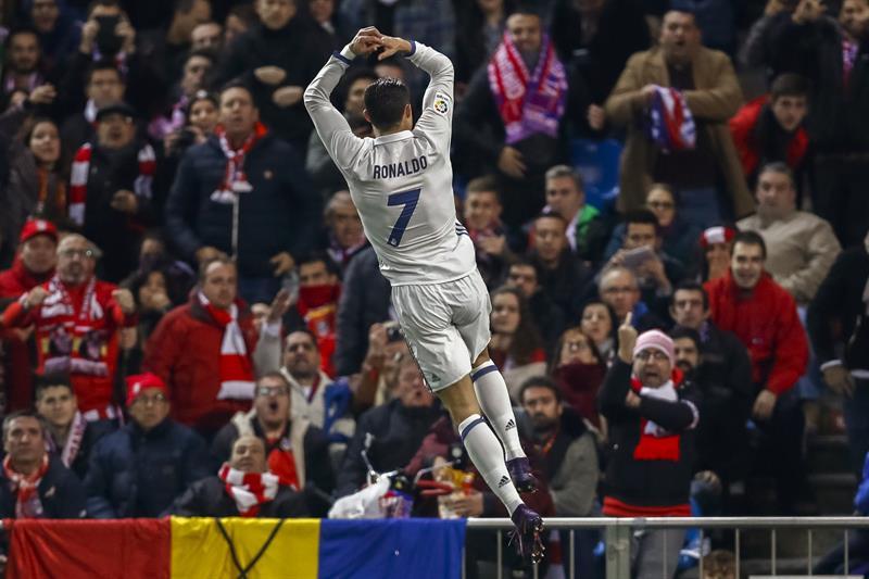 Cristiano Ronaldo recetó un hat-trick al Atlético de Madrid en el Calderón