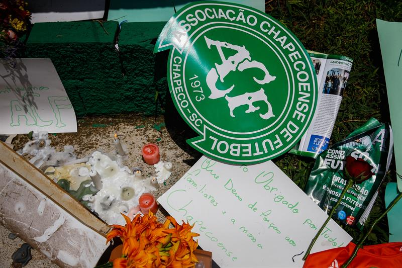 Reducen a 71 la cifra de muertos por el accidente de avión del Chapecoense