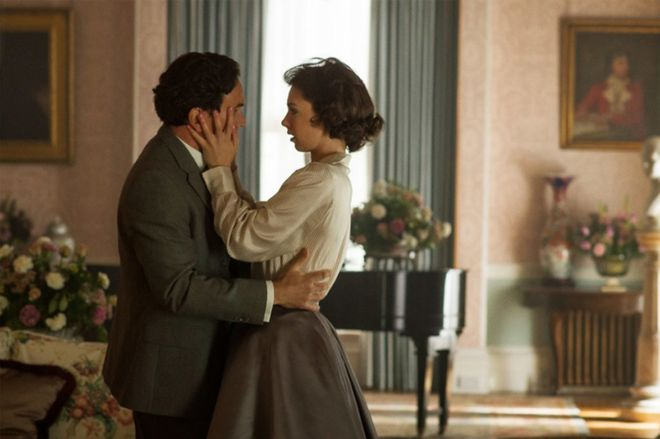 Una telenovela real: ¿evitó la reina Isabel II el matrimonio de su hermana con un héroe?