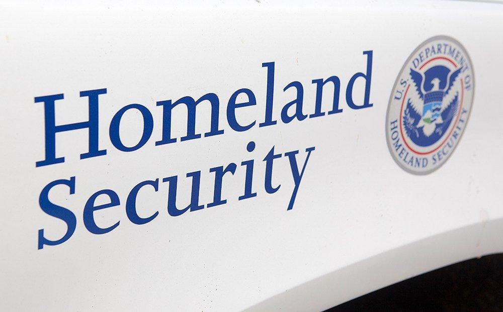 Agente de ICE dispara contra asaltantes en Wilmington