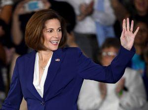 Primera senadora latina de EE.UU. se retira de la lista de candidatas a vicepresidenta de Biden