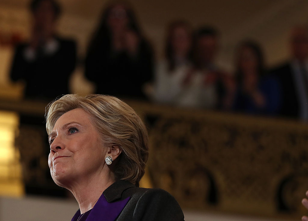 Piden a Clinton impugnar resultados en Wisconsin, Michigan y Pensilvania