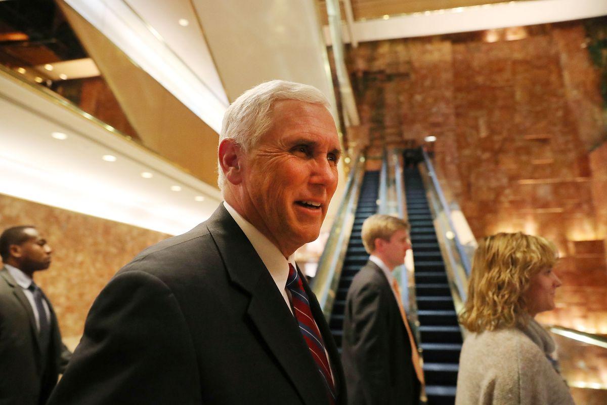 Mike Pence indicó que se trabajarán opciones con el Congreso para la construcción del muro.