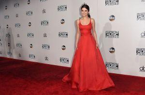 Fotos: ¡Selena Gómez reapareció entre las estrellas de la alfombra roja de los AMAs!