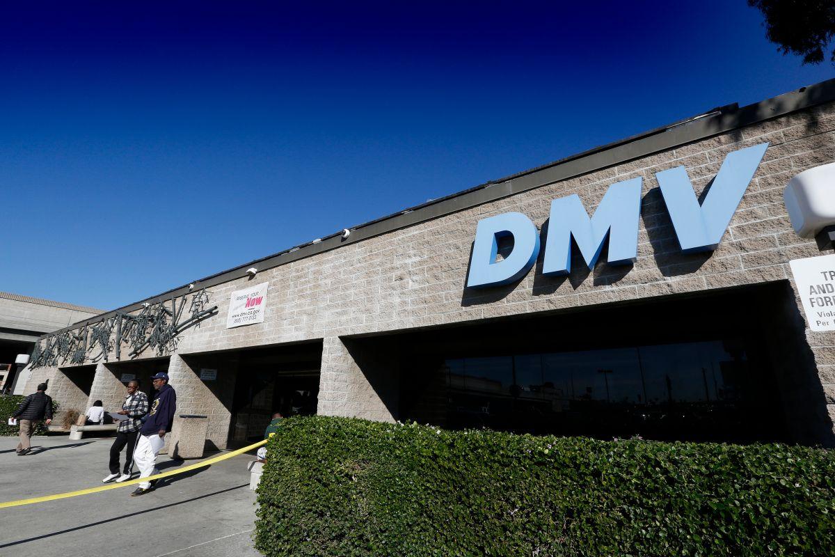 DMV extiende horario de oficinas en el Sur de California