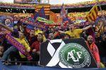 El homenaje a Chapecoense: jugadores de Barcelona y Real Madrid, juntos