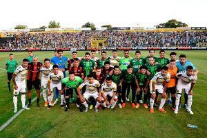 Grandioso detalle: Jugadores de San Lorenzo salieron al campo con el uniforme del Chapecoense