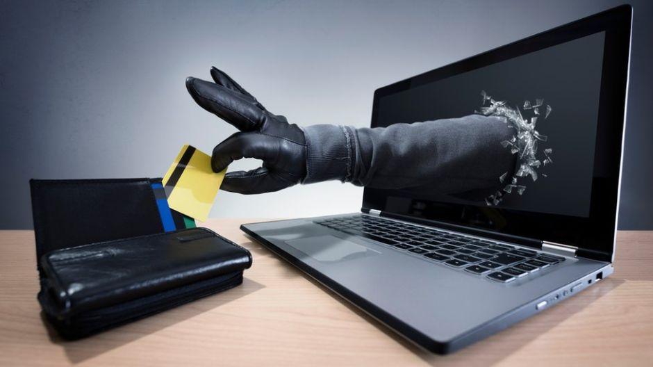 Cómo detectar las páginas web falsas que simulan sitios oficiales para estafar