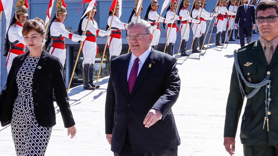 Amridis (al centro de la imagen) acudió a presentar sus credenciales al presidente Michel Temer en mayo de 2016. Getty Images