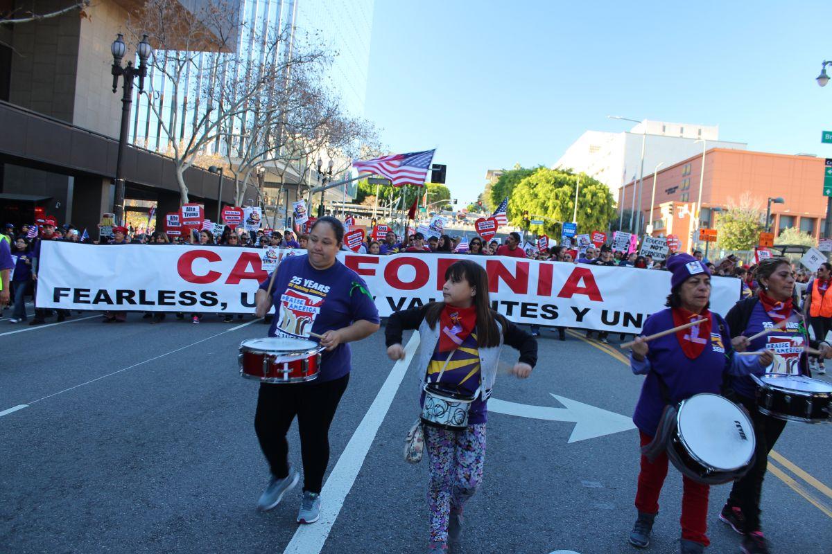 Más del 50% de los habitantes de California son hispanos.