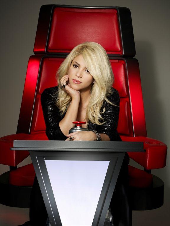 GRAVE: Shakira debe aprender a cantar debido a sus problemas vocales