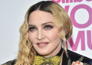 Madonna revienta Instagram con foto en topless a sus casi 62 años