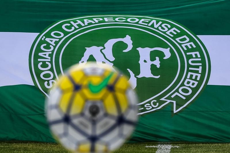 Insólito: Multaron a Chapecoense y Atlético Mineiro por no jugar tras la tragedia