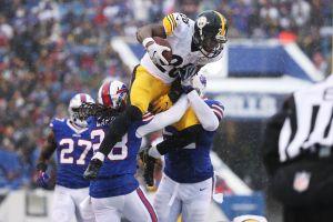 Bell conduce a los Steelers con 236 yardas por carrera en la nieve de Buffalo
