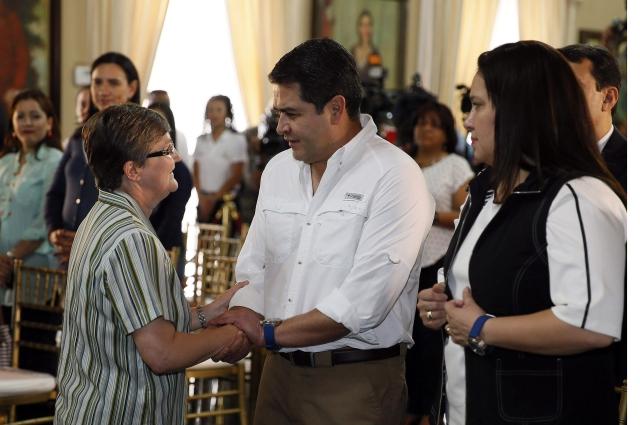 Juan Orlando Hernández gana elecciones enHondurasal finalizar escrutinio especial