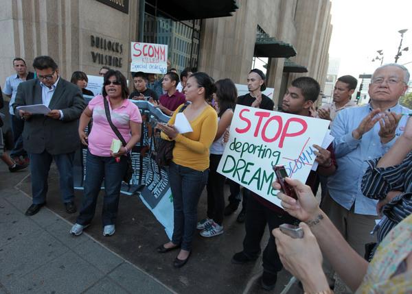 'DREAMers' también marcharán en Los Ángeles este Día Internacional del Migrante