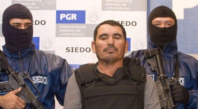 """Tijuana: Buscan decenas de cuerpos en predio donde """"El Pozolero"""" deshacía cadáveres"""