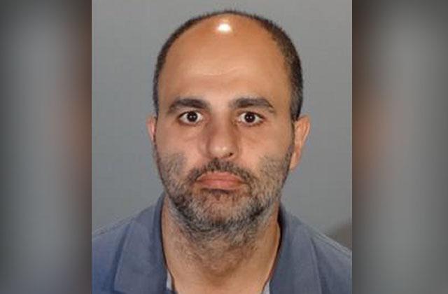 Hombre acusado de robar paquetes de entrega a domicilio