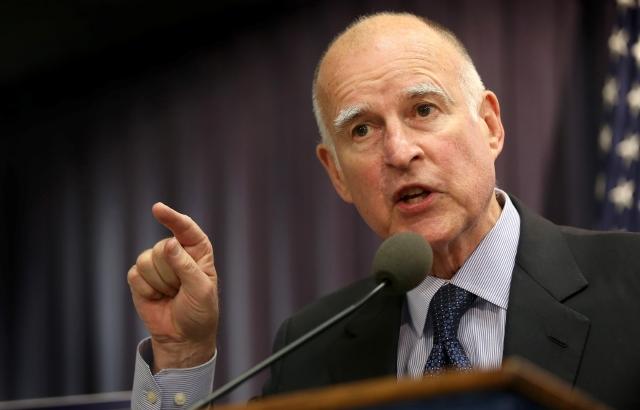 """Brown advierte a Trump: """"No quieres meterte con California"""""""