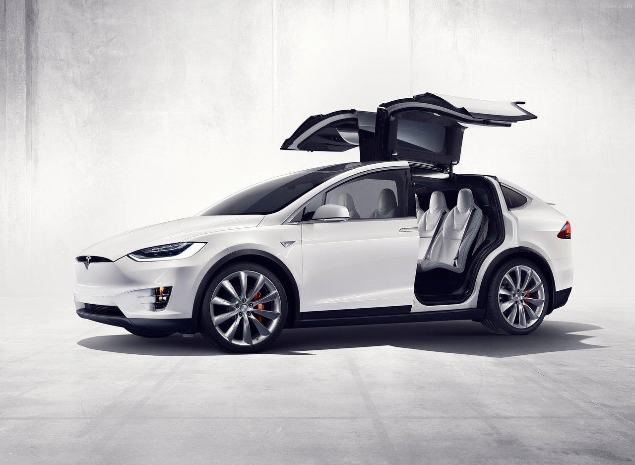 Tesla Model X, el más reciente de la marca