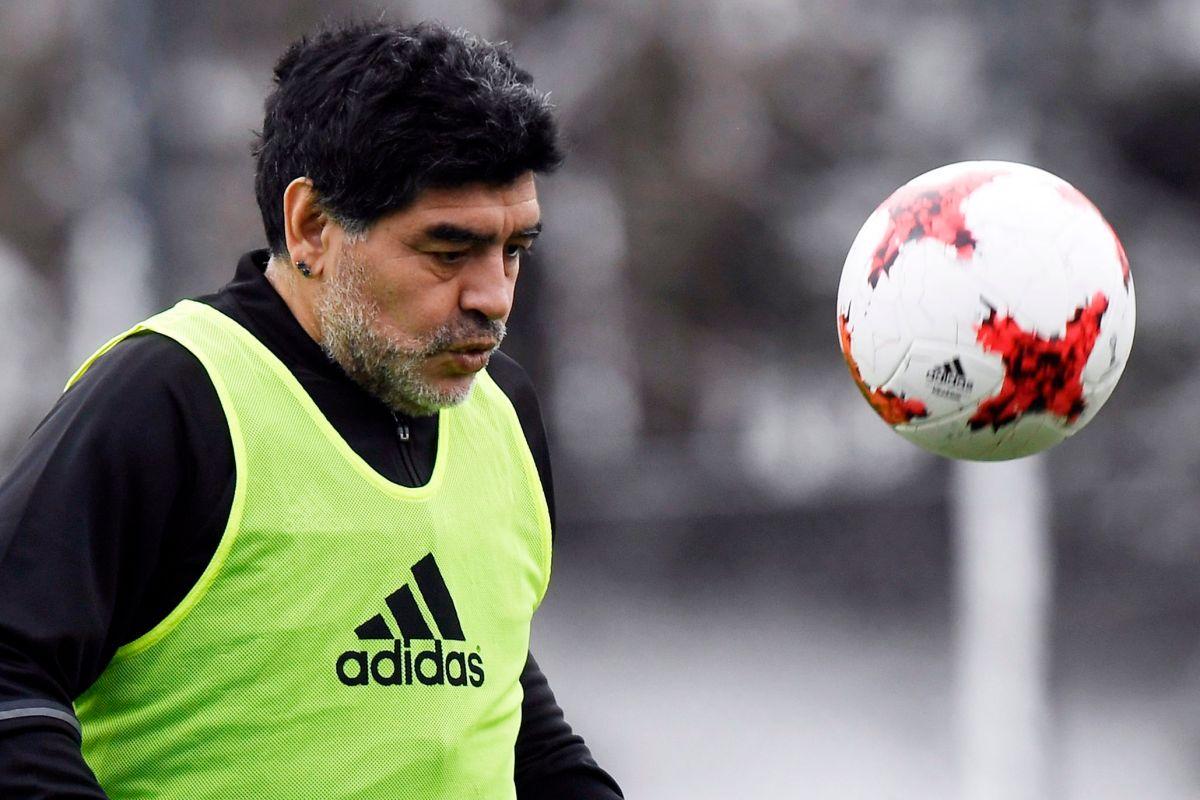 Maradona aseguró que lleva 13 años sin consumir drogas .