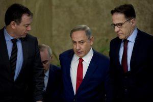 Indignación en México por apoyo de Israel al muro de Trump
