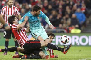 Barcelona perdió su primer juego de 2017 tras fallar una increíble jugada de último segundo