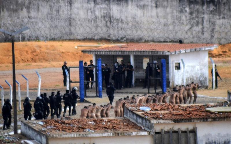 Motín en penal de Brasil deja al menos 10 muertos