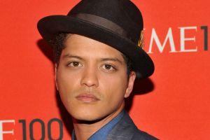 La polémica teoría conspirativa que asegura que Bruno Mars es hijo de Michael Jackson