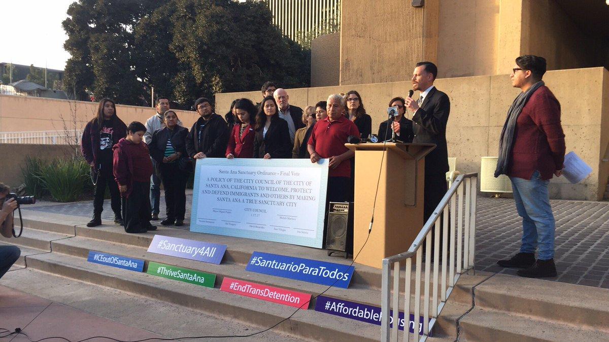 La ciudad Santuario de Santa Ana preparada para enfrentar recortes de Trump